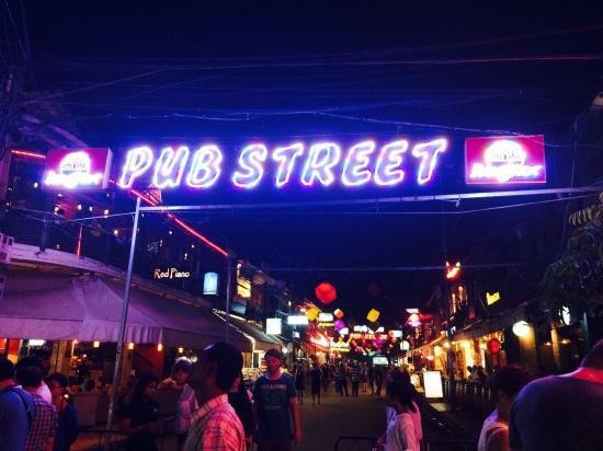 ถึงแล้วววว Pub Street คล้ายๆถนนข้าวสารบ้านเรา