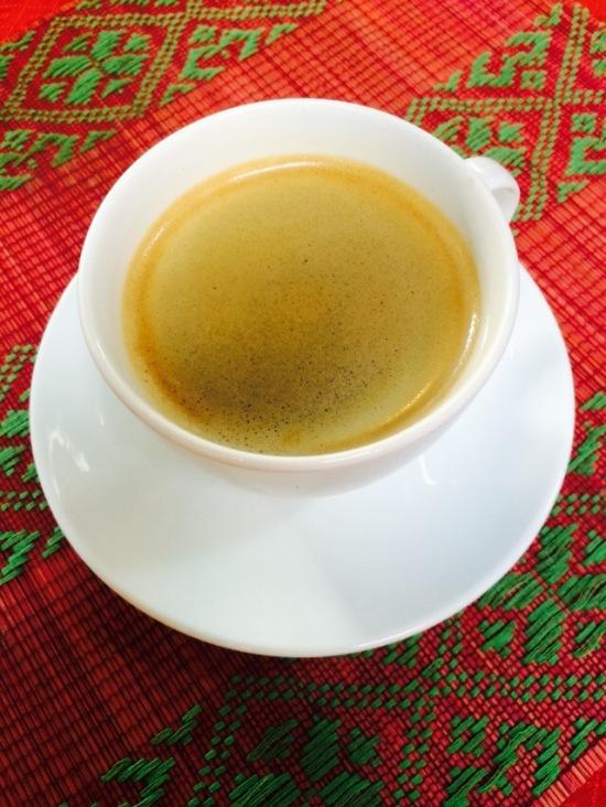 กาแฟสดหอม แต่ไม่เข้มข้นเท่าไหร่ สู้ของเวียดนามไม่ได้