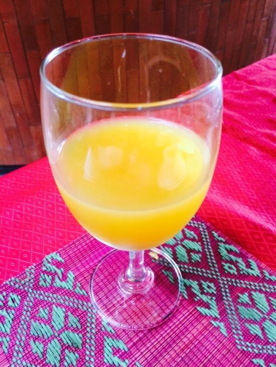 น้ำส้มเปรี้ยวดี อารมณ์ใกล้เคียงกับน้ำส้มคั้นเลย